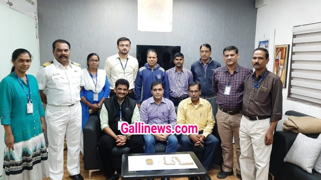 Gold Smuggling Jeans aur Underwear mai Gold Worth Around Rs 75 lakhs seized by AIU at Pune Airport