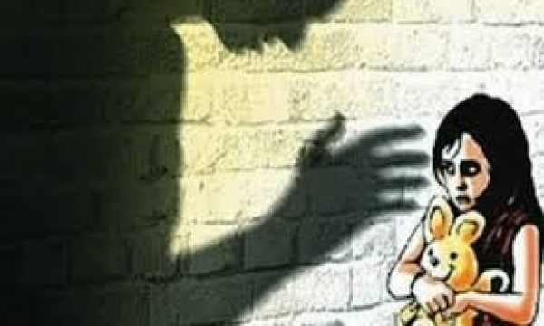 13 year old minor girl gangraped in Malad East