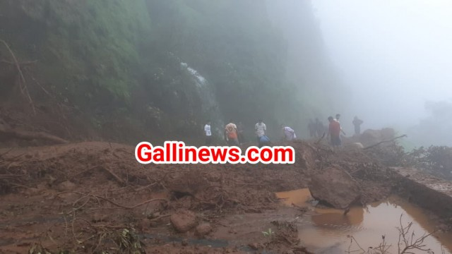 36 Dead in Landalide at Sutar wadi & Talai area at Raigad 30 trapped