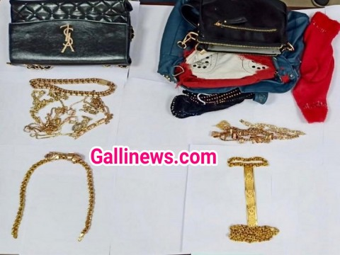 56 lakh ka Gold Smuggling karte hue 3 logon ko Goa Customs officials ne kiya arrest at Dabolim Airport