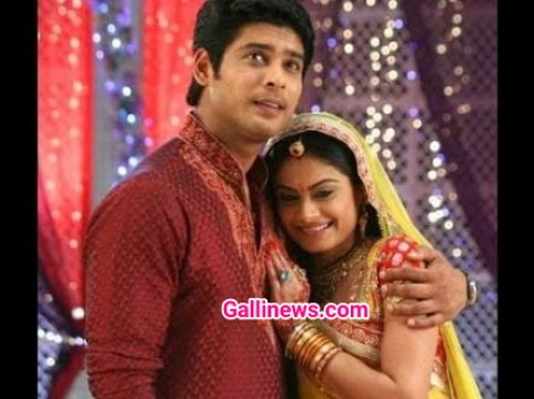 Balika Vadhu Actor Sidharth Shukla ki car ka hua Accident