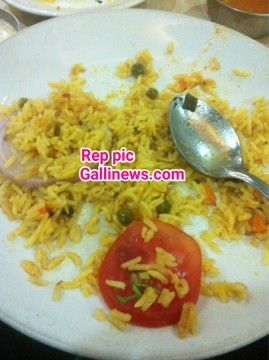 Baasi Pulao Served to Passengers at Tejas Express Train