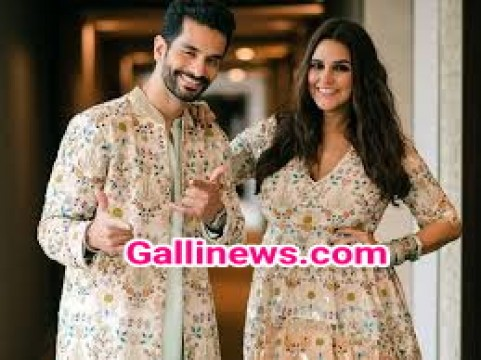 Bollywood Actress Neha Dhupia and Husband Angad Bedi blessed with Baby Girl