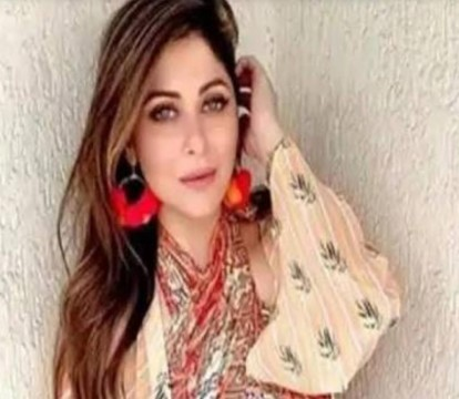Bollywood Singer Kanika kapoor Discharged From hospital