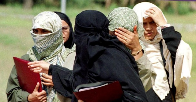 Burkha Niqab and Any type of Face Covering Ban in Kerala Muslim Educational Society MES  campus