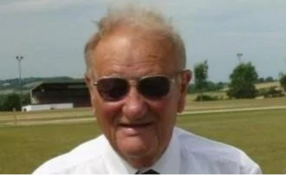 Cricket Umpire Dies 1 month after being hit by ball