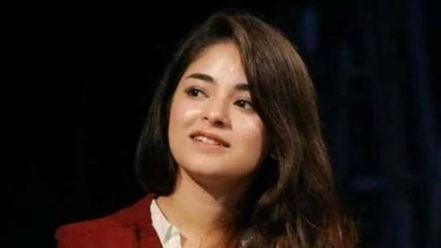 Dangal Girl Zaira Wasim ne Fan page se Photo delete karne ki kari request