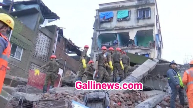 Dilapidated Building Collapse at Shantinagar Bhiwandi 2 Dead 5 Injured