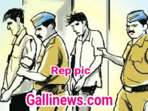 Duplicate Milk Pouches seized by DN Nagar Police 2 Arrested