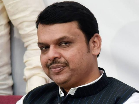 Ex CM and Opposition Leader  Devendra Fadnavis and Pravin Derekar ki car ka Accident All is Well