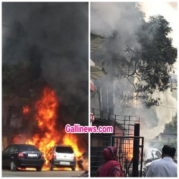 Fire in park Vehicles due to short circuit in road side transformer at Vasai