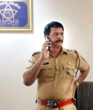 Encounter specialist Pradeep Sharma ne kiya resigns police force se as per report MLA Election ladne ki tyaari karenge