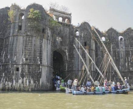 Janjira fort Gate is open for tourist at Murud Janjira