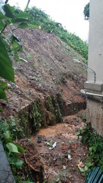 Landslide at Khareghat Parsi Colony at Peddar Road