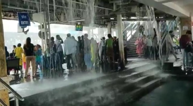 Man Made Waterfall at the Entrence of Mira Road Railway Station