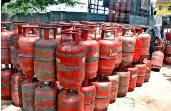 No LPG Home Delivery System in Mumbai