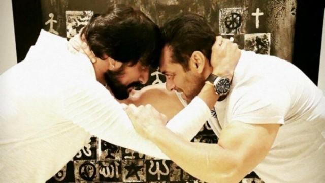 Pehlwaan Sudeep wrestles with Sultan Salman Khan in new pic This is how he bonds if he loves you