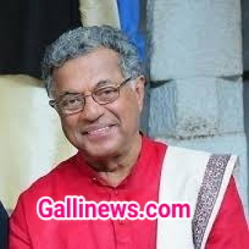 Vateran Actor Director Playwright Girish Karnad 81yrs Dies at Bengaluru