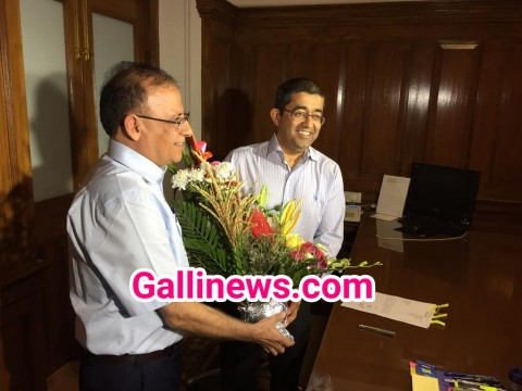 IAS officer Praveen Pardeshi takes charge as the new BMC Commissioner