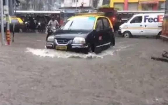 Orange Alert and High Tide Alert in Mumbai
