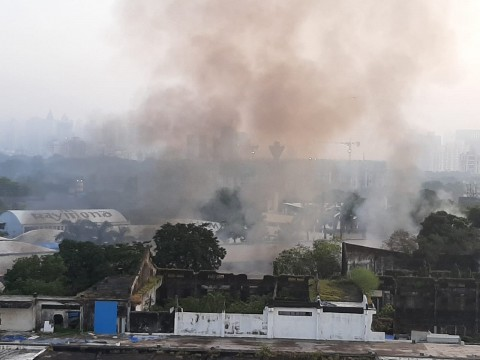 Fire in Raymond Company Office at Thane