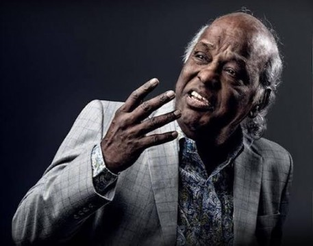 World famous Urdu Poet Rahat Indori Passes away at Indore aaj hi Covid 19 Positive ke liye admit hue they