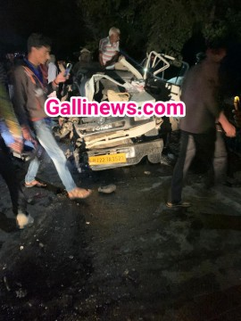 Mini Bus and Cruiser Jeep ki takkar main 7 dead 12 Injured at Sikar Rajasthan