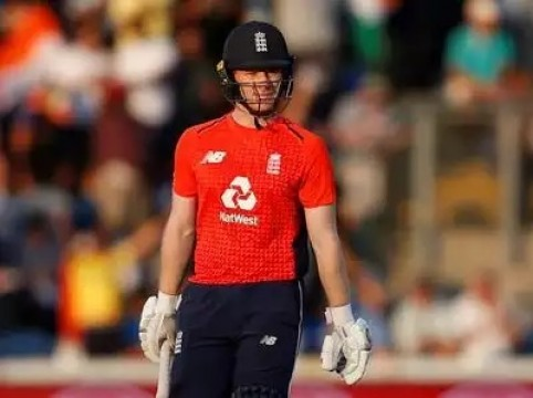 England beat India by 5 wickets