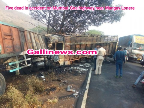 Five dead in accident on Mumbai-Goa highway near Mangav Lonere