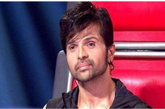 Himesh Reshammiya Ke Car ka Hua Accident