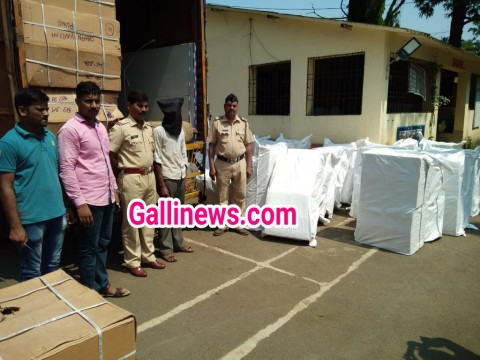 illegal Golden Tobacco 320 Box Pan Masala 160 Box Seized Total Value Rs 3673000 By kasa Police Station Palghar