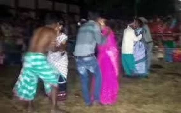 Kissing Competition in Jharkand 18 Couple locked lips