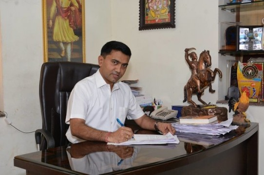 New Goa CM ne Floor Test pass kiya proves Majority