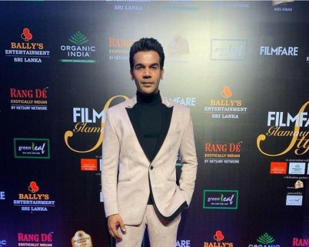 Heres welcoming the very stylish Rajkummar Rao at the Filmfare Glamour AndStyle Awards